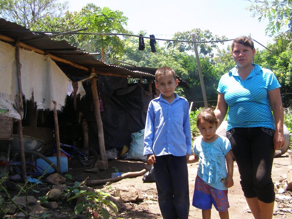Yudit Romero y su familia